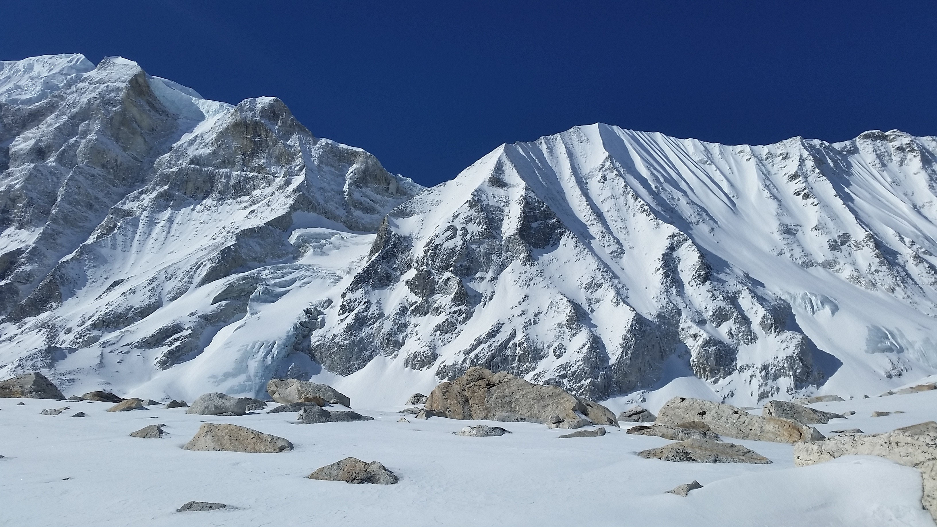 Manaslu Circuit Trek – 20 Days