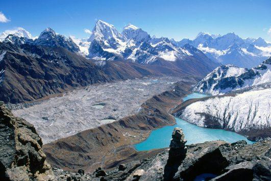 Gokyo_Lakes_and_Ama_Dablam_Khumbu_Region_Nepal